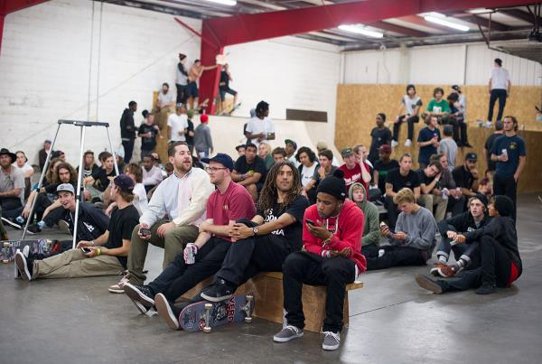Dekline Premiere Crowd at The Boardr