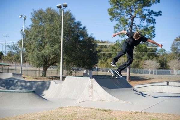 Casey Kickflip on the Spine