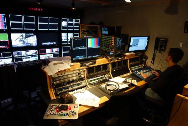 TV Room at Hart Lines Detroit 2015