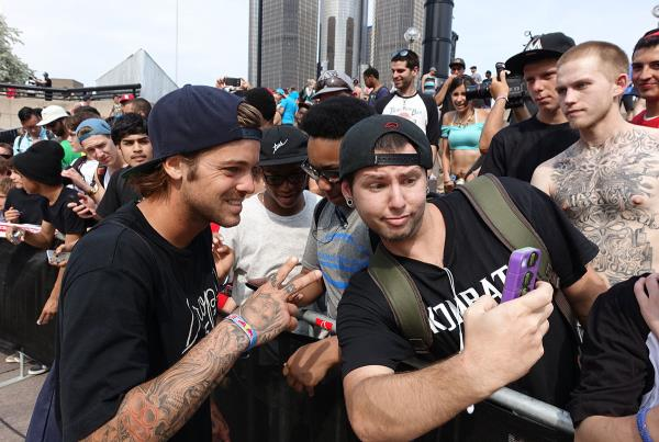 Selfies with Ryan at Red Bull Hart Lines Detroit 2015