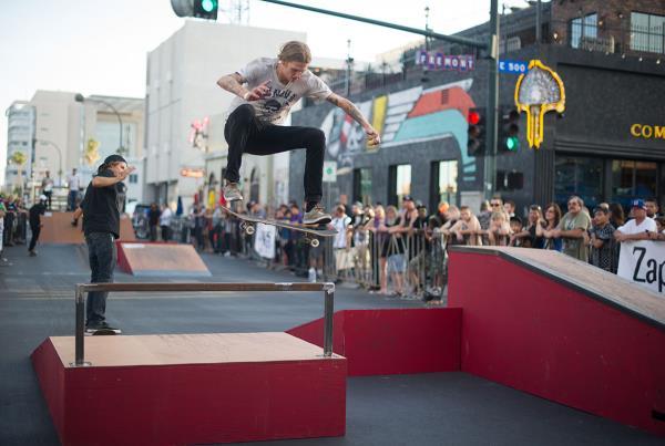 Frontside Flip at Zappos Rideshop 2015