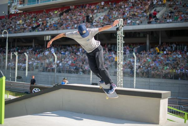 Axel Back Smiths at The Boardr Am Series Finals at X Games 2015