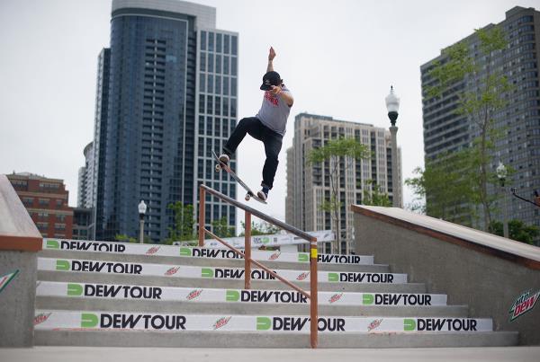 Nick Merlino Nollie Noseblunt at Dew Tour Chicago