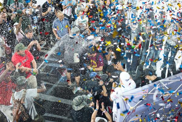 Confetti Cannon at Kimberley Diamond Cup 2015
