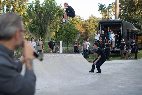 Hip Ollie at The Boardr BBQ at the Dream_Driveway