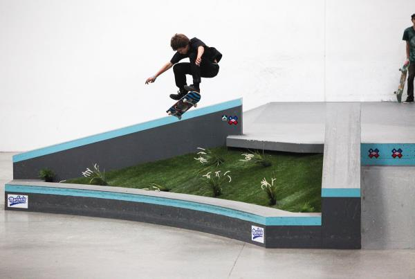 The Boardr Am at Vista - Frontside Flip Grass Gap