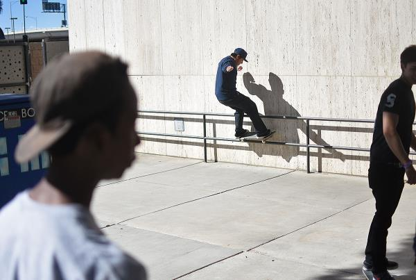 Zappos Rideshop - Courtyard Skating