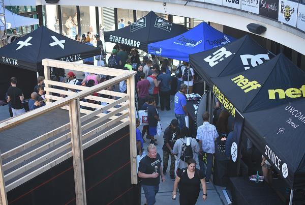 Zappos Rideshop - Tent City