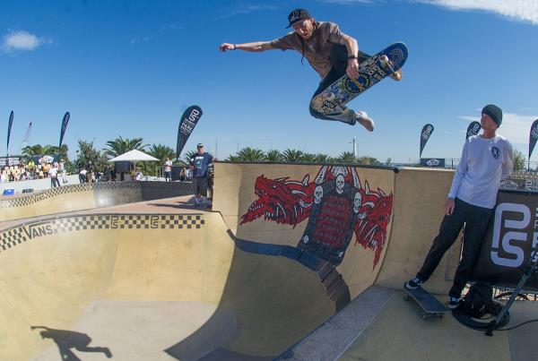 Vans Pro Skate Park Series Melbourne - Boneless In