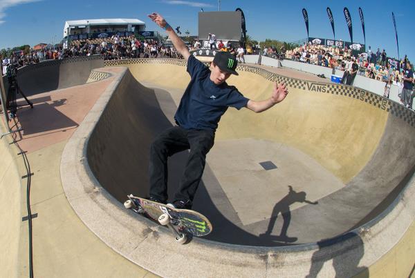Vans Pro Skate Park Series Melbourne - FS Feebs