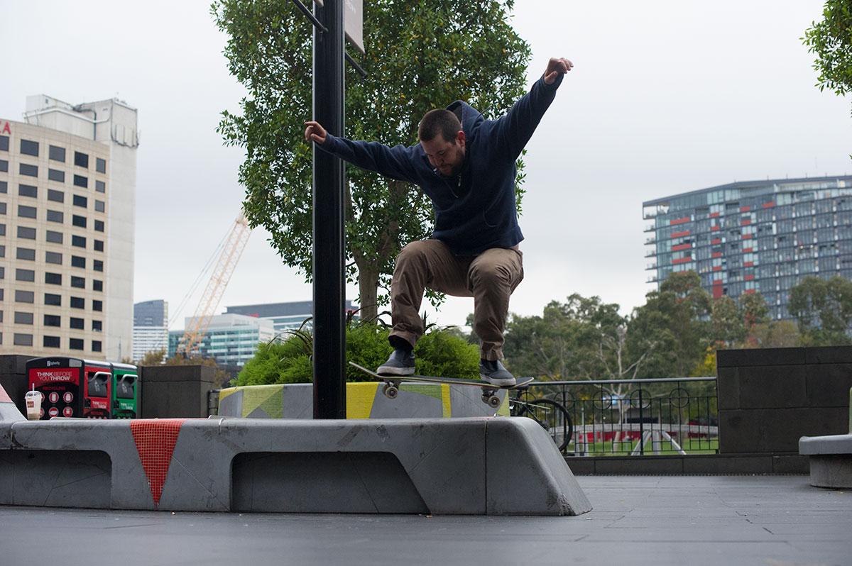 Vans Pro Skate Park Series Melbourne - Bench Wallie