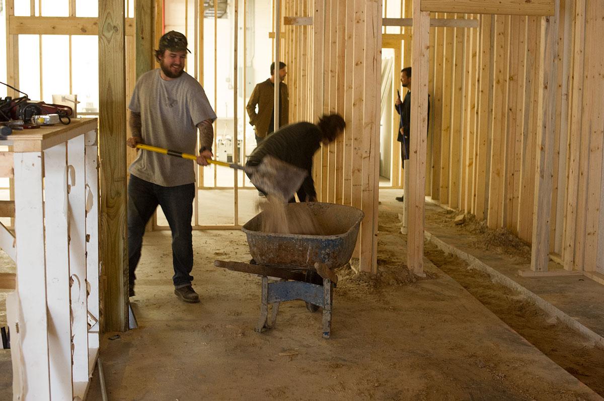 The Boardr HQ Construction Bob Shovel