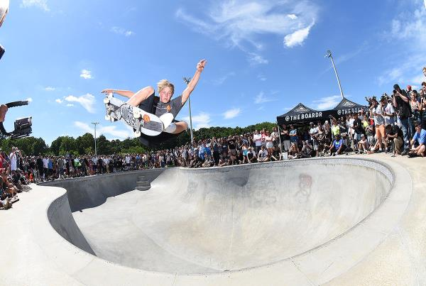 Get Rad for Ray - FS Ollie