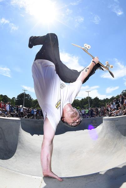 Get Rad for Ray - One Foot Invert