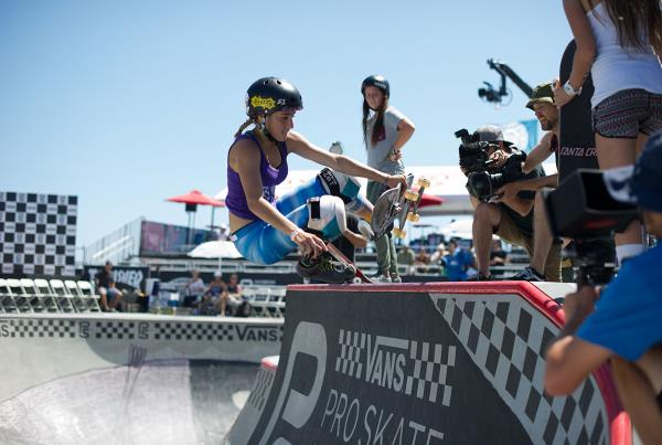 Vans Pro Skate Park Series at Huntington - Boneless