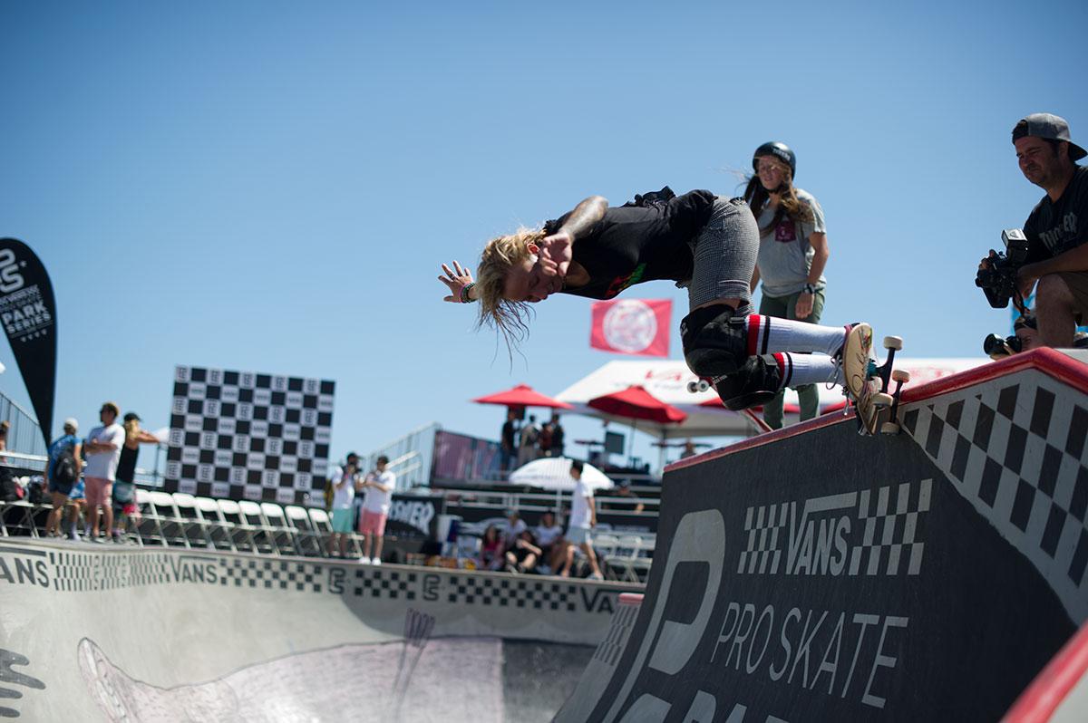 Vans Pro Skate Park Series at Huntington - Backside Grind