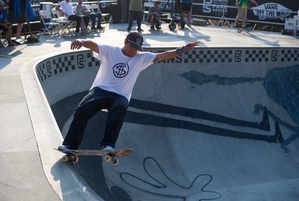 Vans Pro Skate Park Series at Huntington - FSG Corner