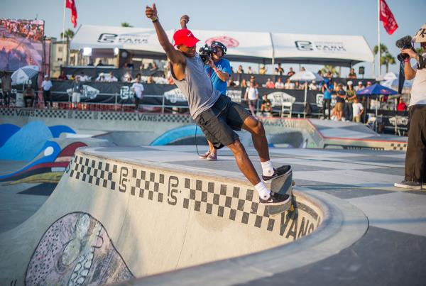 Vans Pro Skate Park Series at Huntington - FSG Ishod