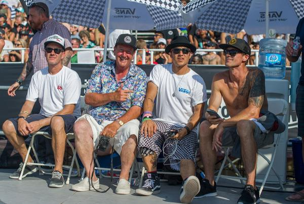 Vans Pro Skate Park Series at Huntington - Skateboard Power