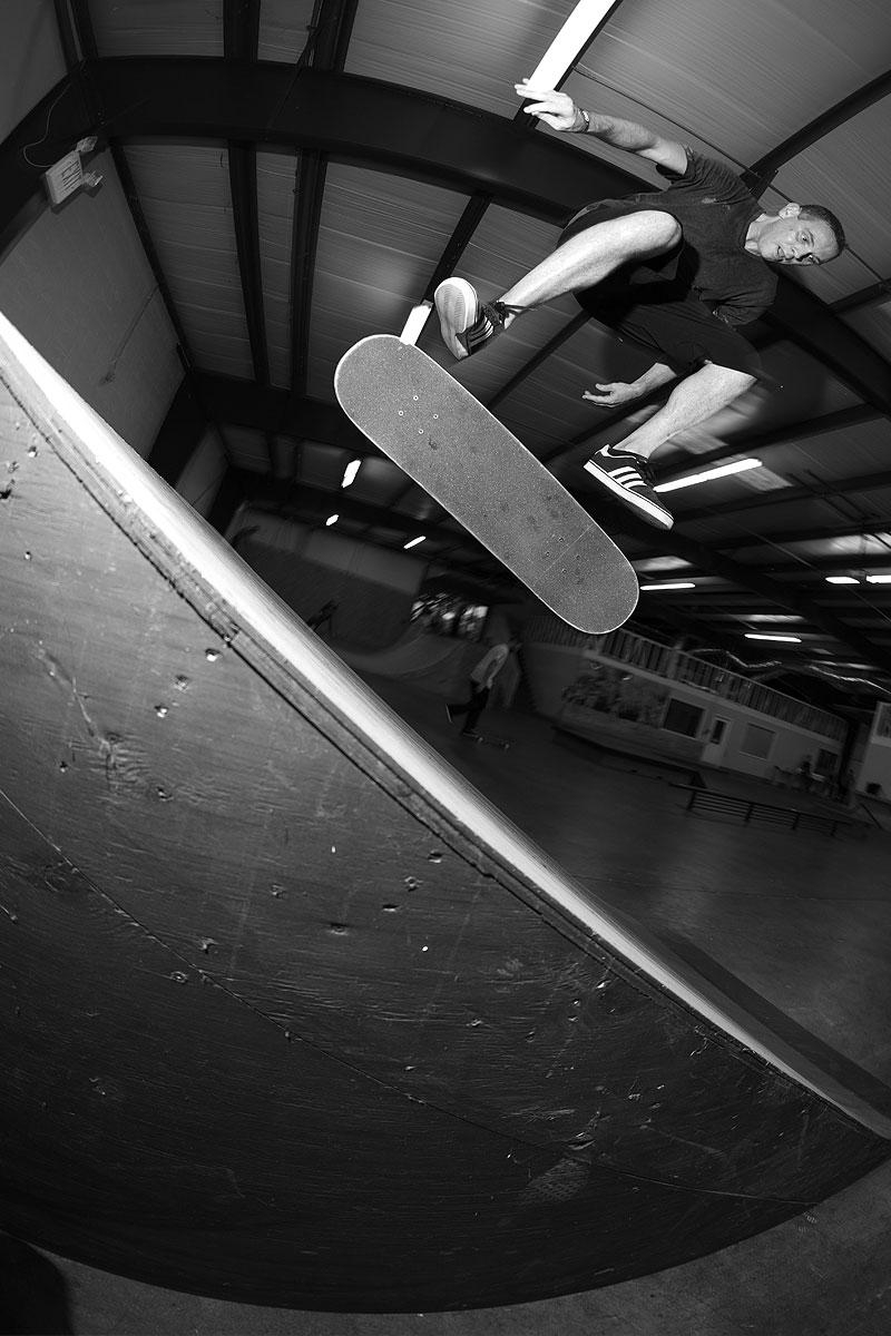 Frontside Grind Tuesdays - Fakie Flip