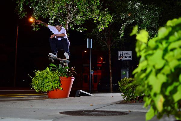 Chaz in the Streets - FS Flip