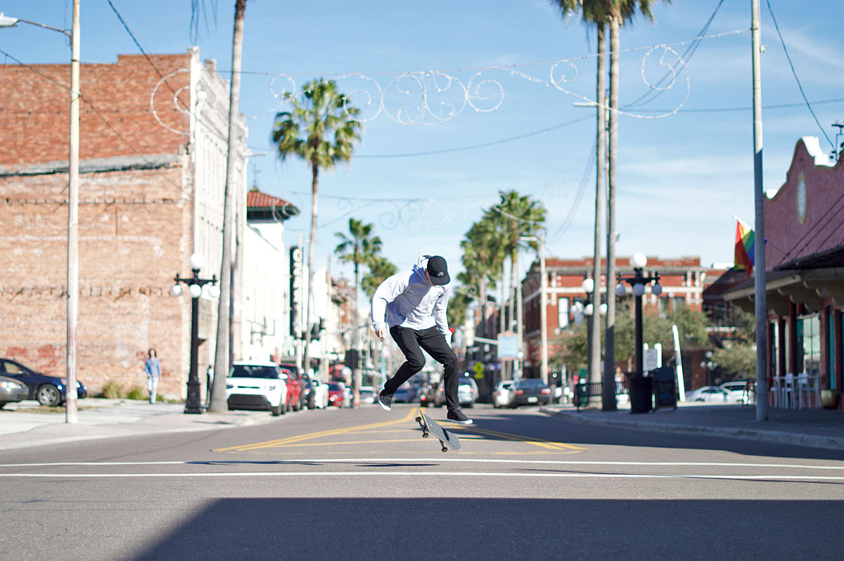 Skateboarding Downtown Tampa and Ybor - 360 Flip