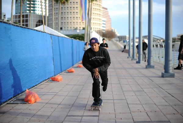 Skateboarding Downtown Tampa and Ybor - Riverskate