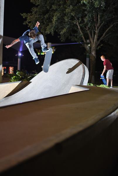 BoardrBoys in Lakeland - Nollie Flip