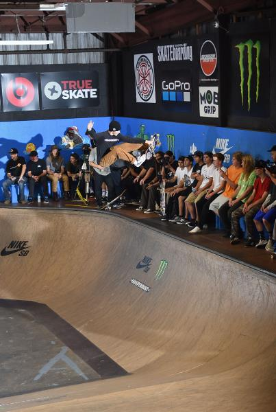 Tampa Am 2016 - Eli Frontside Air