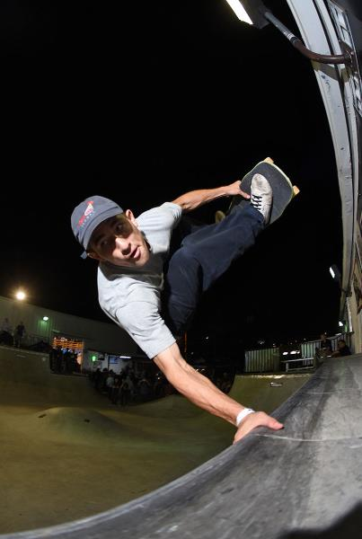Tampa Am 2016 - Eric Frontside Invert