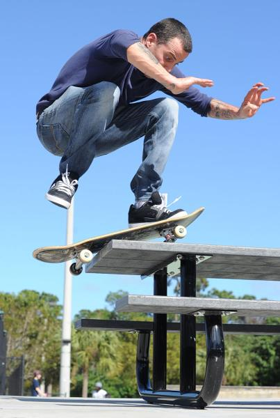 Steve-O Ollie Up Picnic Table