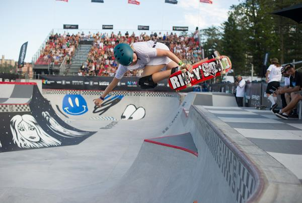 Vans Park Series Australia - Backside Air