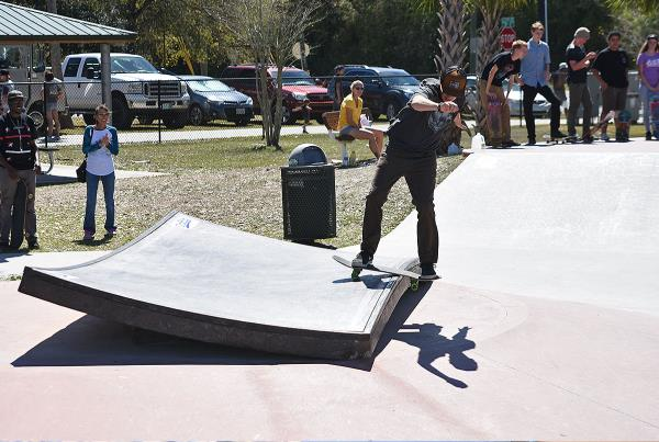 GFL at Zephyrhills - Party Boardslide