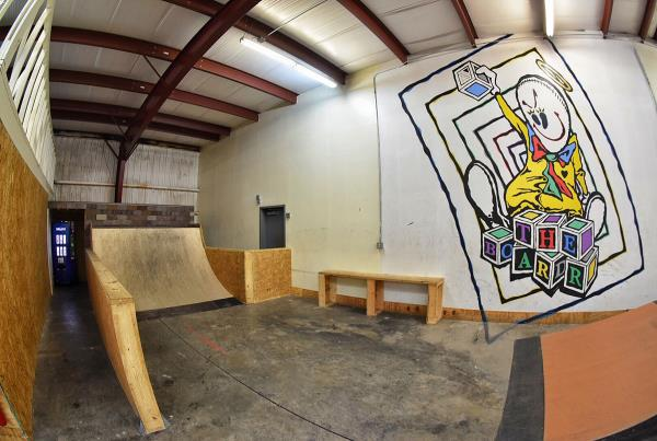 Tampa Indoor Skateboarding TF - The Boardr HQ Photo 2