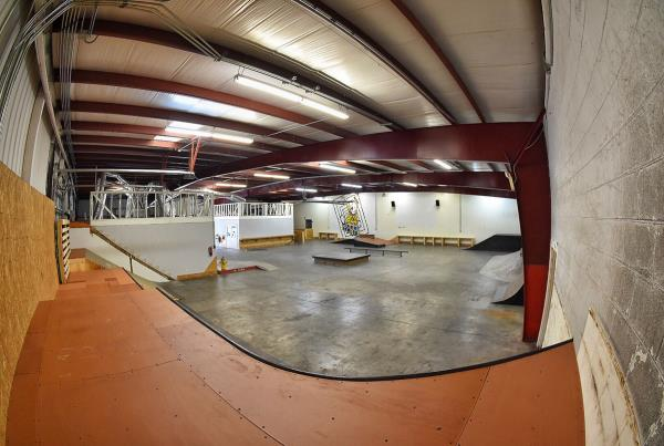 Tampa Indoor Skateboarding TF - The Boardr HQ Photo 4