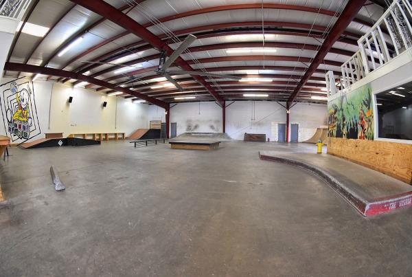 Tampa Indoor Skateboarding TF - The Boardr HQ Photo 6