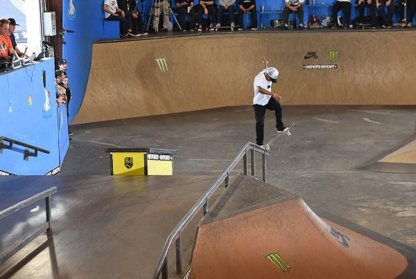 Tampa Pro Weekend - Fakie Front Blunt
