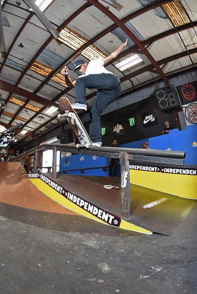 Tampa Pro 2017 Weekend - Fakie Front Blunt
