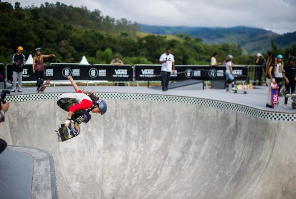 Vans Park Series Brazil - Yndiara Asp Backside Air