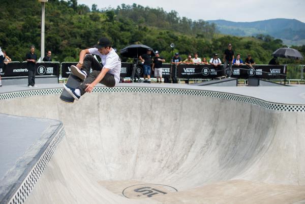 Vans Park Series Brazil - Cory Frontside Flip