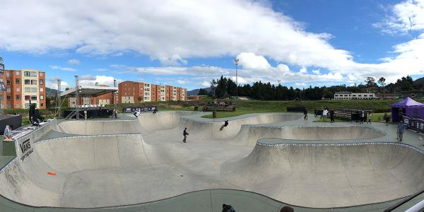 #BoardrBoys Day Off in Bogota and Vans Park Series Colombia National Championships