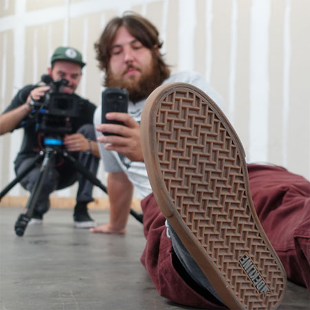 Skateboard Shopping with The Body: Dekline Footwear