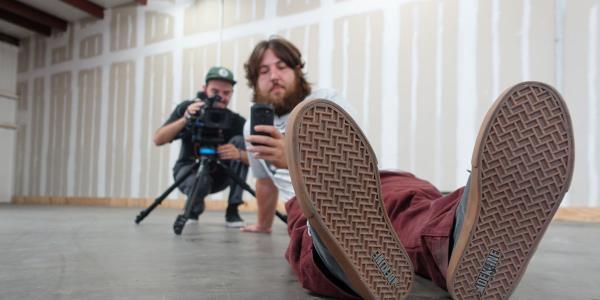 Skateboard Shopping with The Body: Dekline Footwear