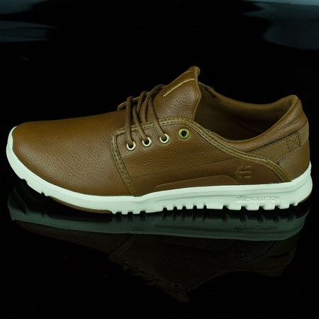 Size 9 in etnies Scout Shoes, Color: Brown