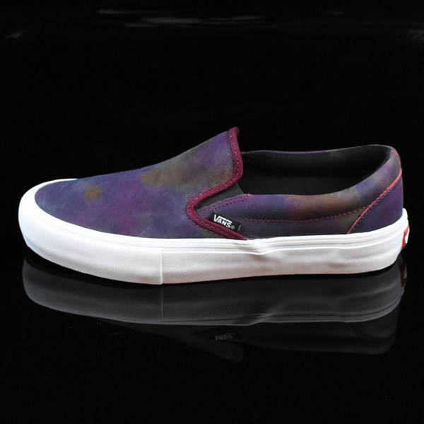 slip on pro shoes tie dye white in stock at the boardr. Black Bedroom Furniture Sets. Home Design Ideas