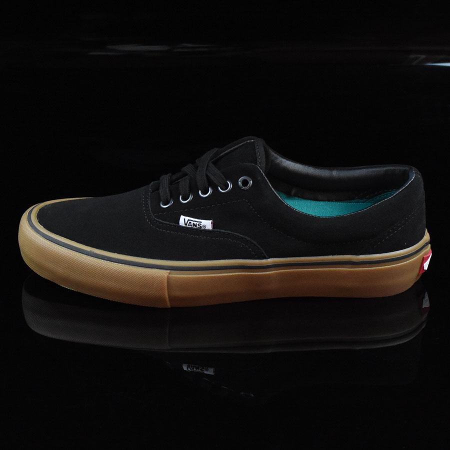 Black, Gum Shoes Era Pro Shoes in Stock Now