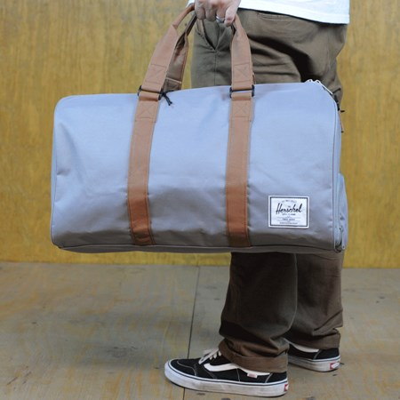 Herschel Novel Bag Grey