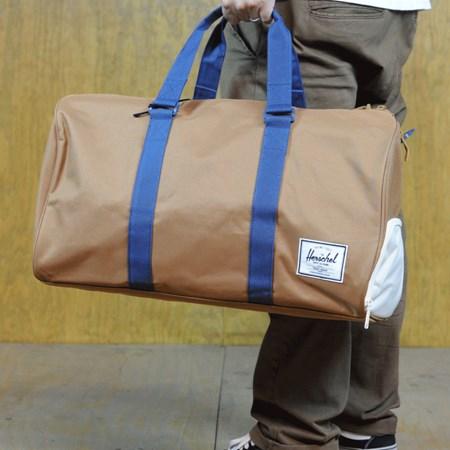 Herschel Novel Bag Caramel, Navy