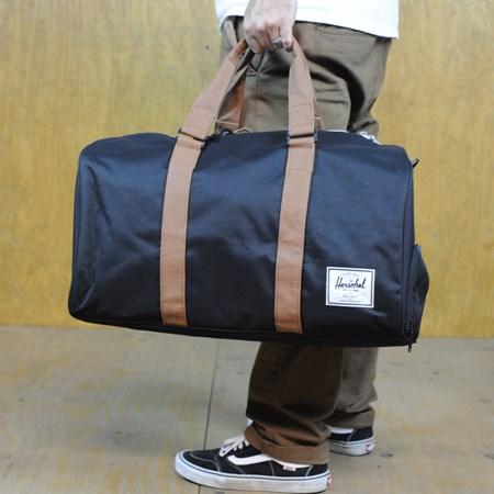 Herschel Novel Bag Black