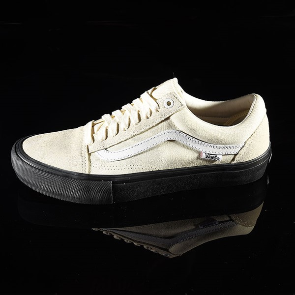 23de904ce4 Vans Old Skool Pro Shoes Classic White